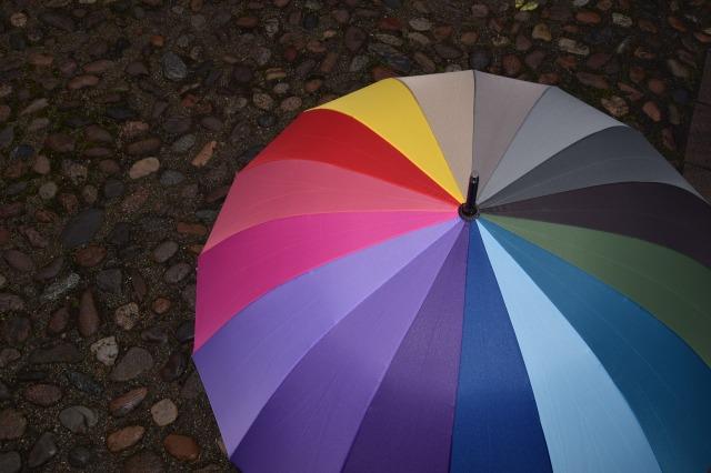 umbrella-1986924_1920.jpg